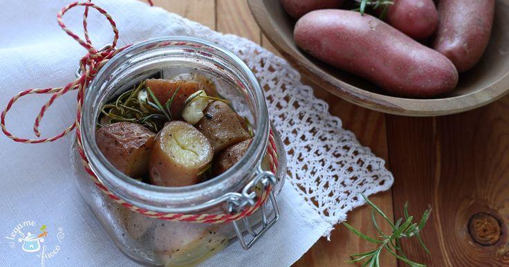 Morbide e gustose, cotte al vapore ma dalla consistenza delle patate al forno. Da oggi potremo gustare le patate in vasocottura, cotte in 8 minuti.