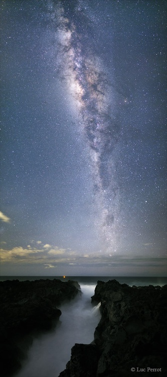 Milky Way above the Abyss, Reunion Island  The Abyss is a crack which penetrates far into the land. It's a very dangerous place at Réunion where there are many tragic accidents.