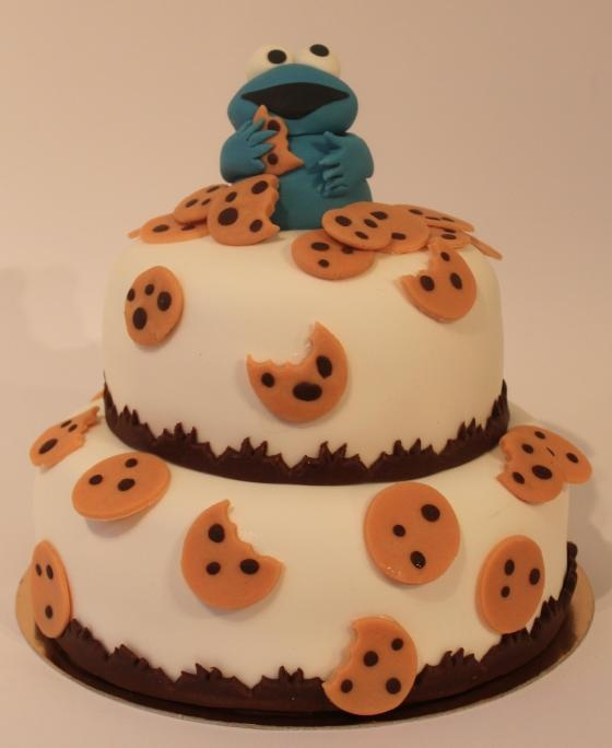 Cookie Monster Cake, But I'd Use Real Cookies