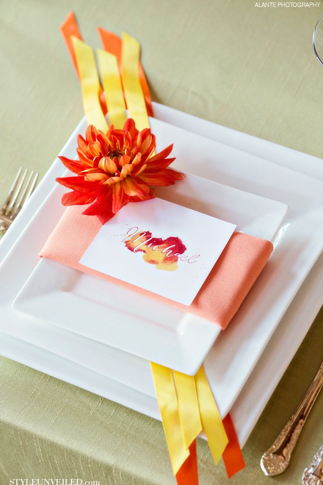A Fun Way to Include Ribbon in Your Table Setting! / Alante Photography / via StyleUnveiled.com