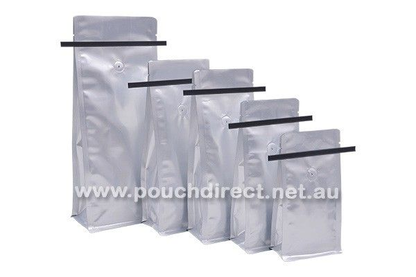 1kg Matt Silver - ‪#‎FlatBottom‬ with Tin Tie ‪#‎CoffeeBags‬ & ‪#‎Valve‬ - Minimum Order Quantity: 1 Box (500 Pieces) - Size: 140mm(Width) X 350mm(Height) X 47.5+47.5=95mm(Side & Bottom Gusset) - We have three colors available in ‪#‎TinTie‬ : Black color, White color and Kraft Light Brown color.