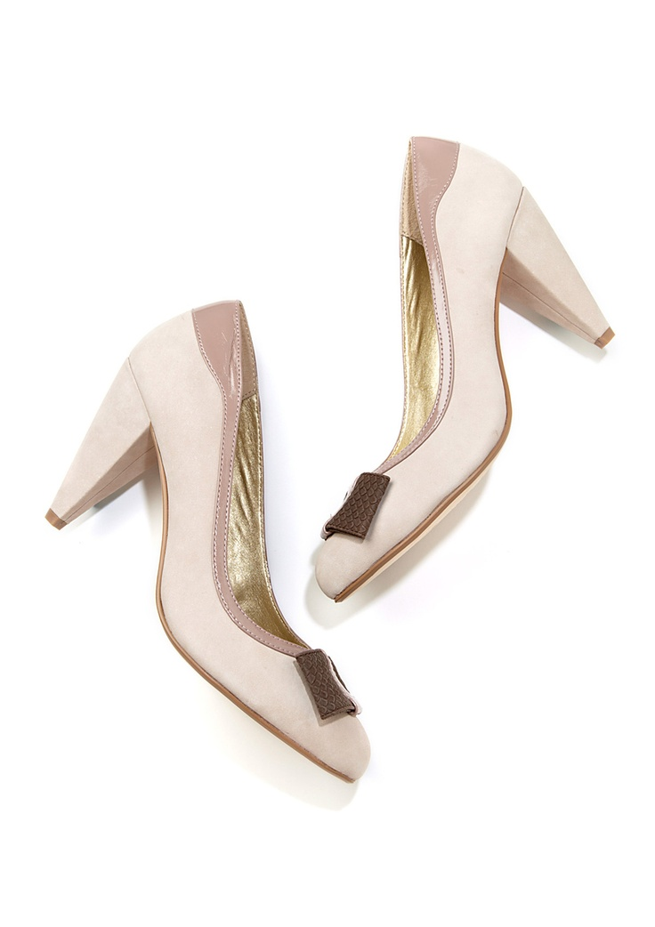 Light colored pumps are flirty and ladylike!: Shoes, Seychel Spacebar, Colors Pumps, Seychelles Spacebar, Events, View