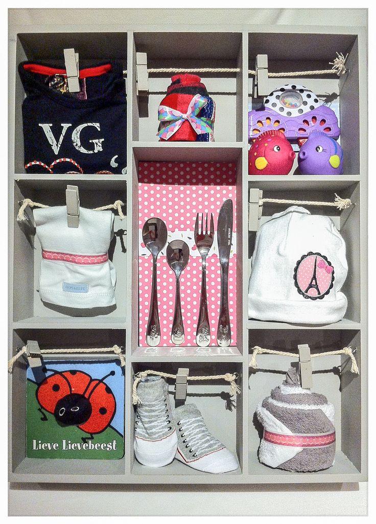 Gevulde meisjes letterbak voor een stoere baby. Baby shower gift Girl. Info: https://joleenskraamcadeaus.wix.com/kraamcadeau#!product/prd1/2887817831/gevulde-letterbak