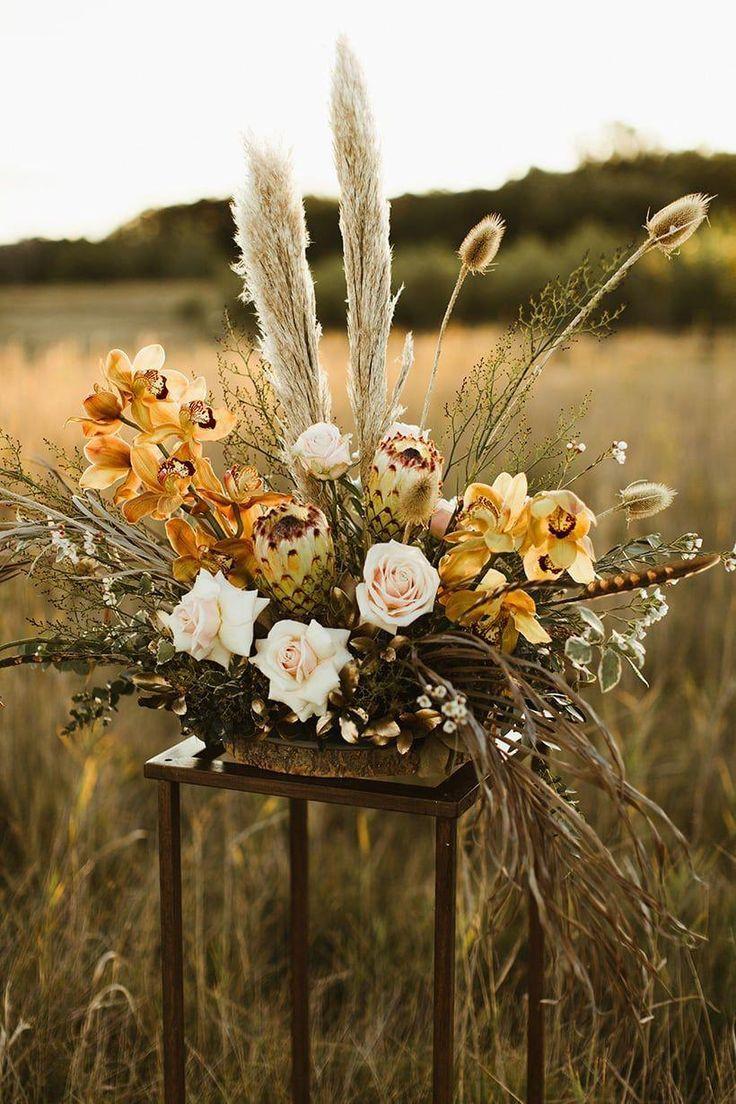 Sculptural Boho Wedding Flower In 2020 Flower Centerpieces Wedding Boho Wedding Flowers Bohemian Wedding Flowers