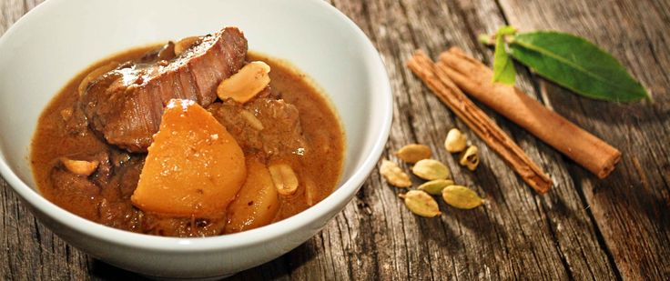 Slow Cooked Massaman Beef Curry