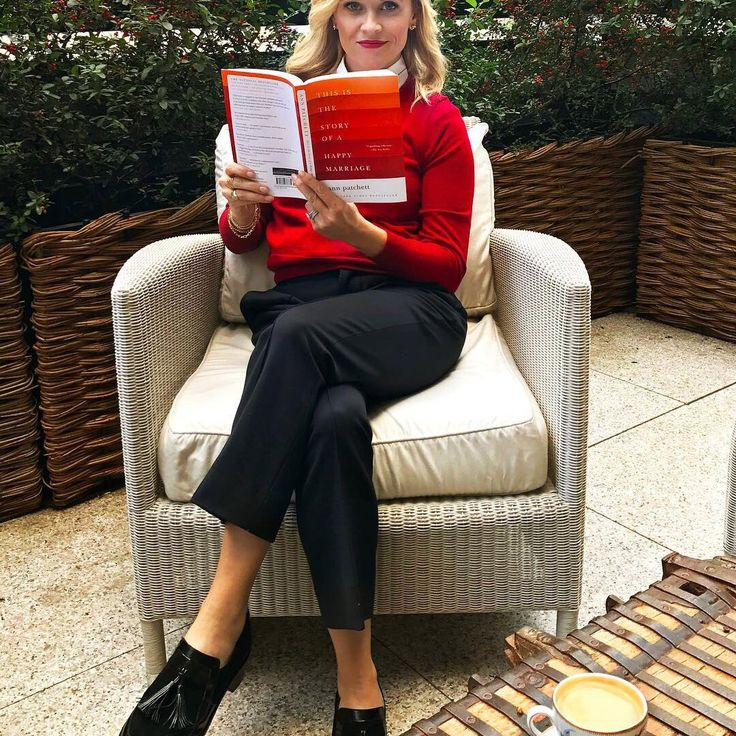 26 Books on Reese Witherspoon's MustRead List in 2020