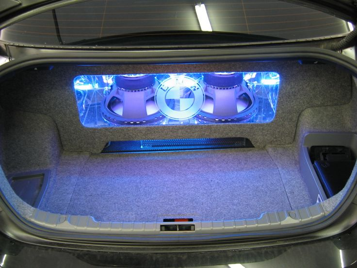 BMW custom car stereo install Gallery - Cars - Sound Advice plexi down firing