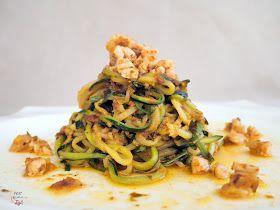 Hace tiempo que los espaguetis de calabacín estaban en lista de espera. Este tipo de trampantojos a costa de los reyes de la pasta, como es...