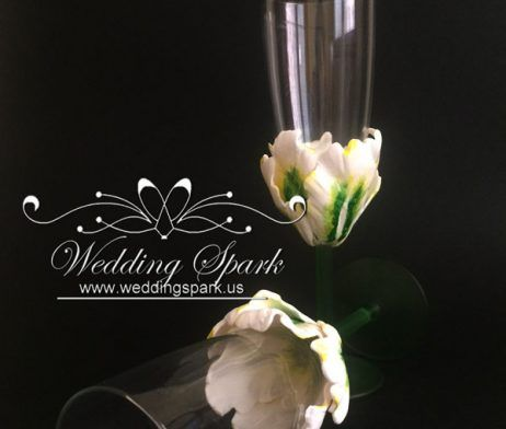 White tulip wedding flutes Personalized unique champagne glasses