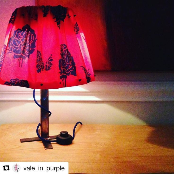 My agent in Italy keeps doing beautiful things/ mi agente en Europa sigue haciendo cosas hermosas#Repost @vale_in_purple with @repostapp ・・・ Iron and Fabric lamp: new idea for lampshade, ready for Christmas @lotti_haeger #living #interior #design #homedecor #lamp #lampshades #christmas #colour Ver traducción