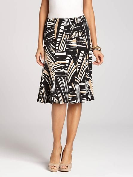 """Laura Petites: for women 5'4"""" and under. No matter your body type, a full skirt with a mid-length hem is an all-around flattering piece to make room for in your wardrobe! With its lively print, it complements any basic top or black blazer b...4010334-0191"""