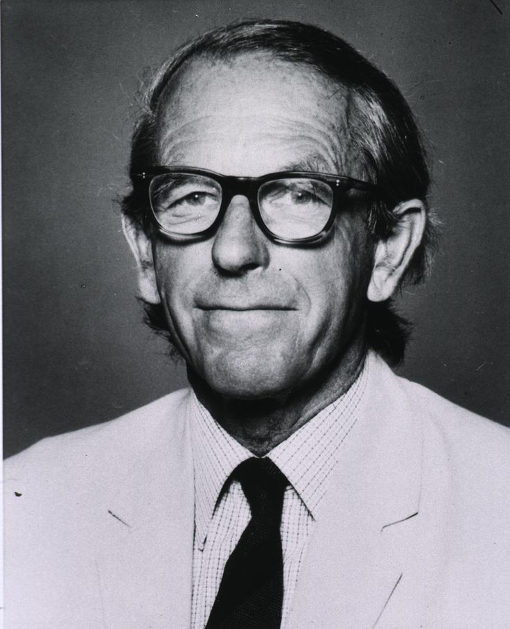 Frederick Sanger - developer of chain-termination #DNA sequencing in 1977. This technology allows scientists to read the #nucleotide sequence of a DNA molecule.