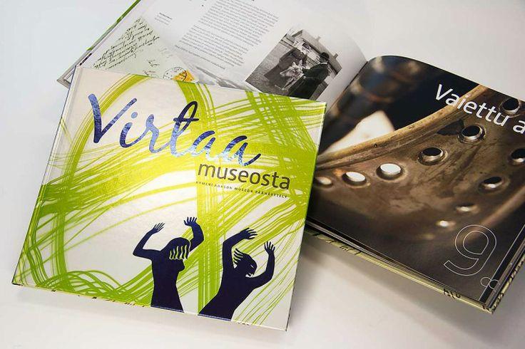 Virtaa museosta – exhibition publication.  Intro Design.
