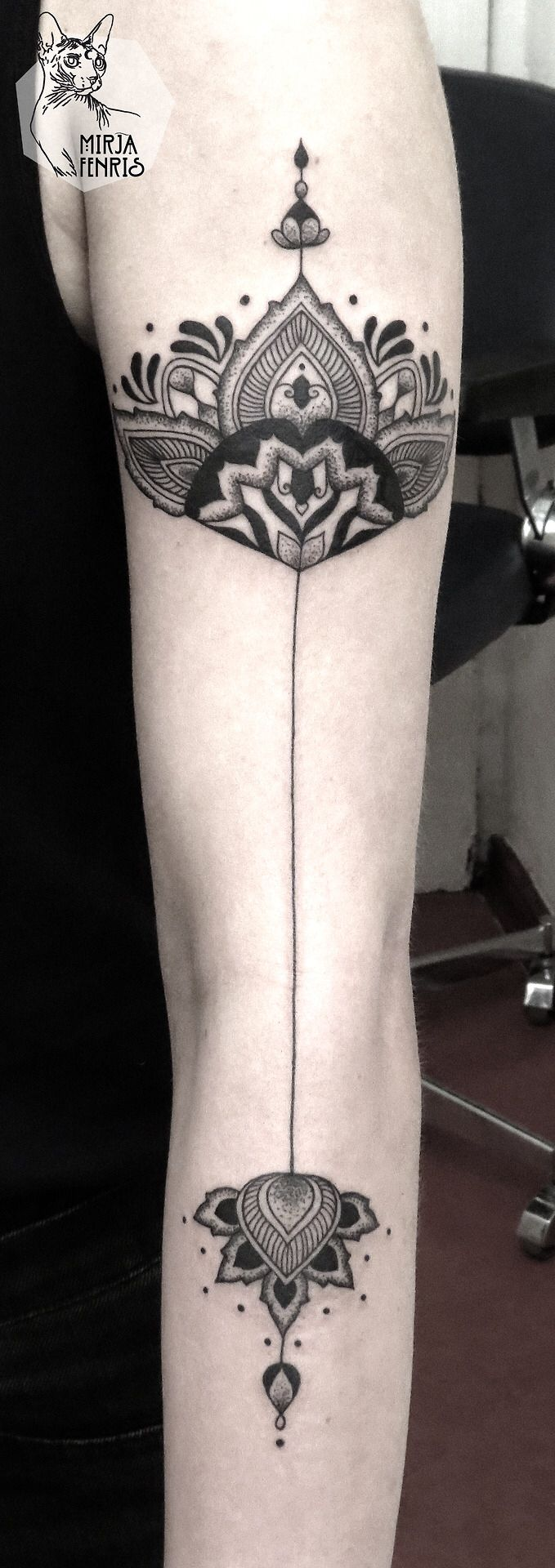 64 Best Ink Images On Pinterest Drawings Henna Tattoos And Mandalas Inkstarhalotattoomachinediagrams Mirja Fenris Sacred Geometry This Down The Back Of My Legs