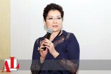 Добрый день Карина Рашитовна, совсем недавно с Алматы состоялось открытие вашей школы. Наше общество привыкло к определенным стандартам среднего и высшего образования, а ваша школа объединяет и высшее и среднее, не мог ли ...