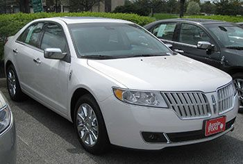 2010 #Lincoln MKZ is one of the best used #luxury cars under $10,000
