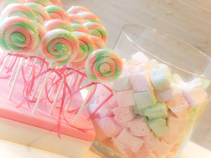 Lollipops & Marshmallows