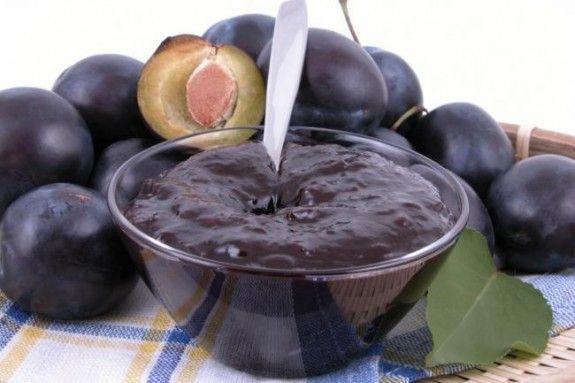 """MAGIUN DE PRUNE. Reteta tradiţională şi reteta """"modernă"""" pentru magiun de prune - Vocea Transilvaniei"""