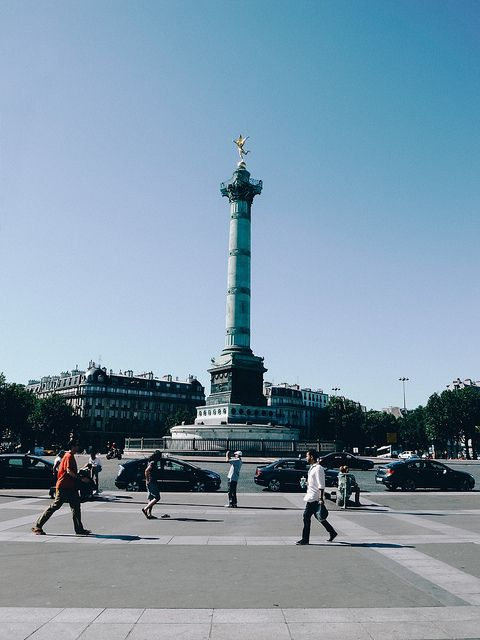 monument place bastille