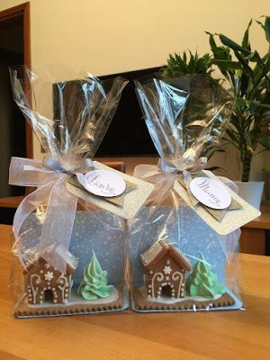 Gingerbread House place cards