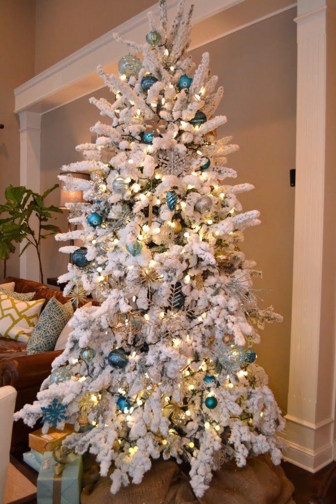 Modern Maizy: My Flocked Christmas Tree