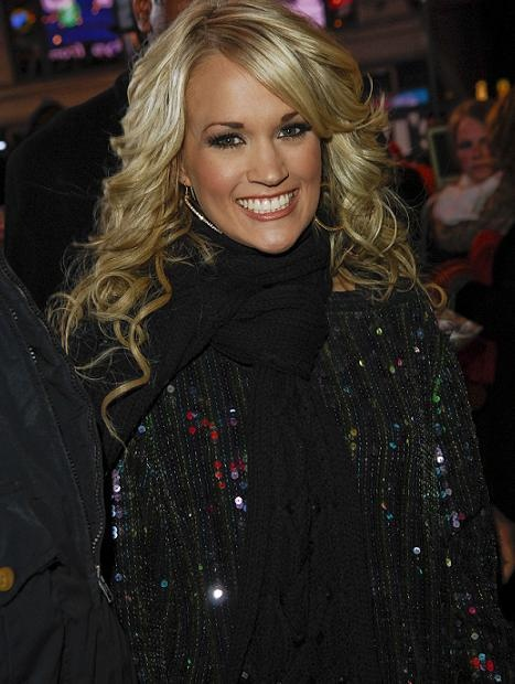 Carrie Underwood..her hair is AWESOME