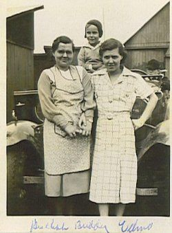 Memories of my great grandmother and her aprons. Miss her!