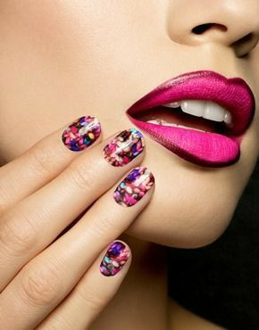Sophia Webster, Collaboration, Knitting, Holographic Nails, Nail Wraps, Salons, Nail