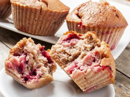 Muffins à la fraise : Recette de Muffins à la fraise - Marmiton