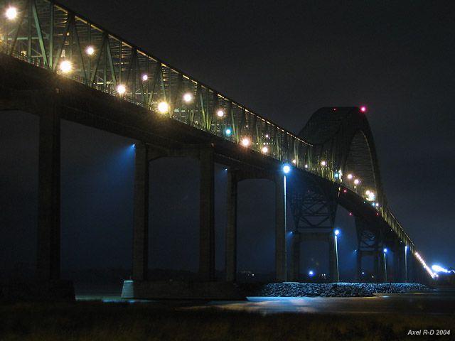 Pont Laviolette Trois-Rivieres, QC, Canada