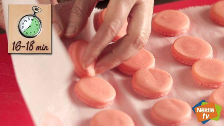 Macarons de merengue italiano - Recetas de Postres Nestlé
