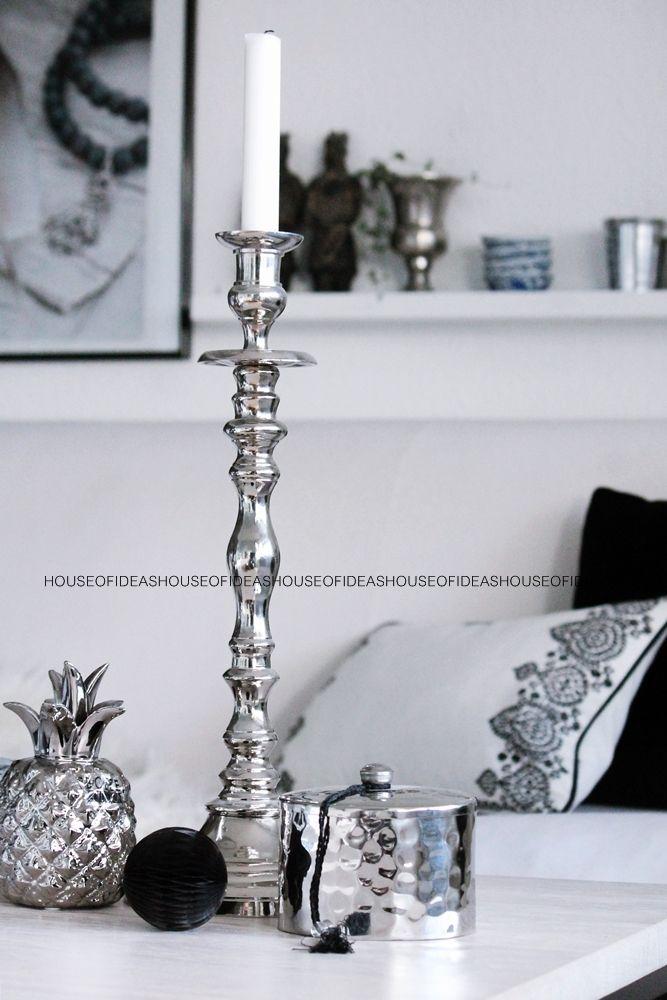 HOUSE of IDEAS black&white, silber, pillow, ananas http://www.houseofideas.de/epages/63830914.sf/en_US/?ViewObjectPath=%2FShops%2F63830914%2FCategories%2F%22PB%20home%22
