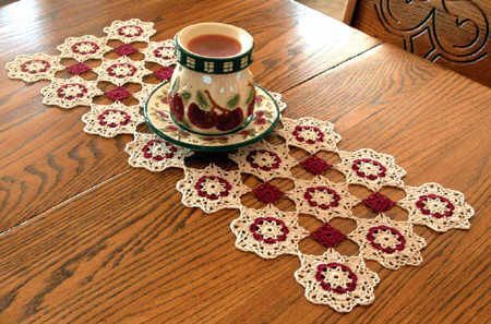 60 best Crocheted Table Runners images on Pinterest | Table runners ...