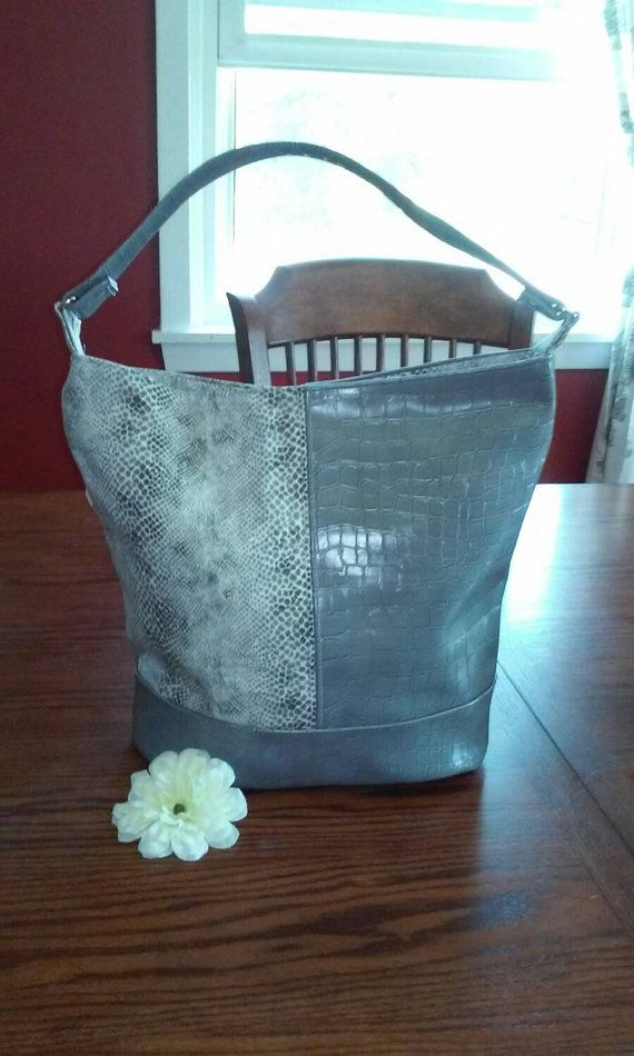 Bonnie Bucket Bag by MissBossyBags on Etsy