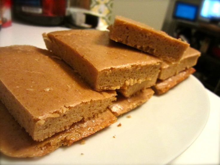 PB2 Protein bars. I must try these! Cals 80, Total Fat 4.1g, Total Carbs 3.3g, Dietary Fiber 1g, Protein 9.4g