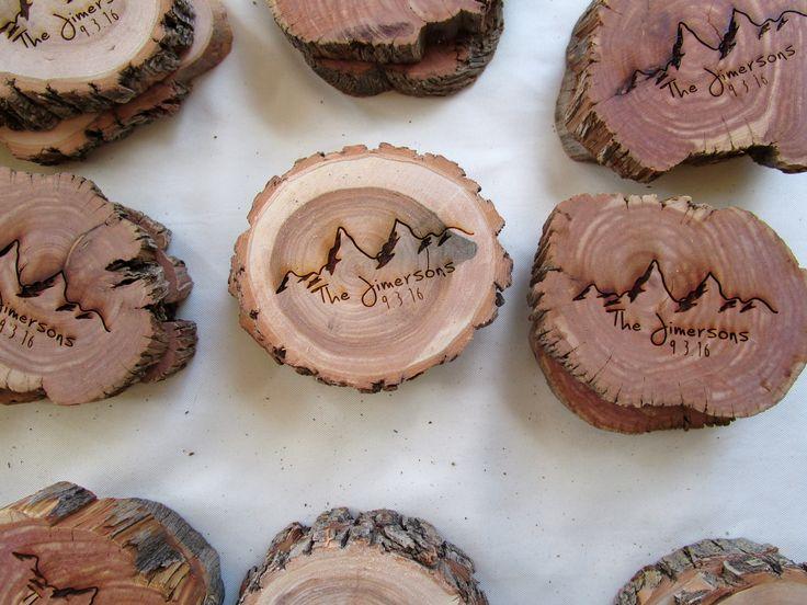 Rustic Hand Made Log Guest Favors Creative Merlot Weddingcolorado