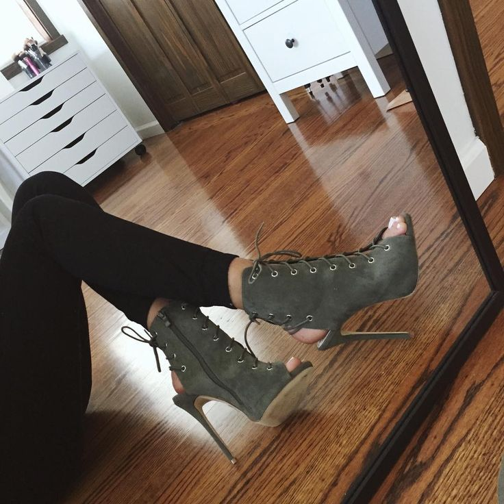 girl fashion outfit style clothes hair lips eyes beauty shoes high heels brows lashes brunette