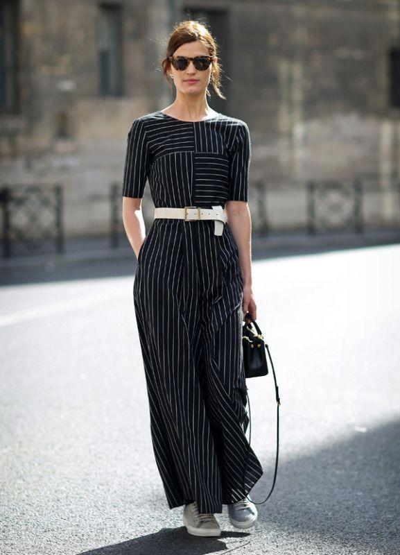 黒でもさらさら生地で暑苦しくない!素敵な40代の着こなし術♡アラフォー ジョーゼットスカーチョおすすめコーデ術です。