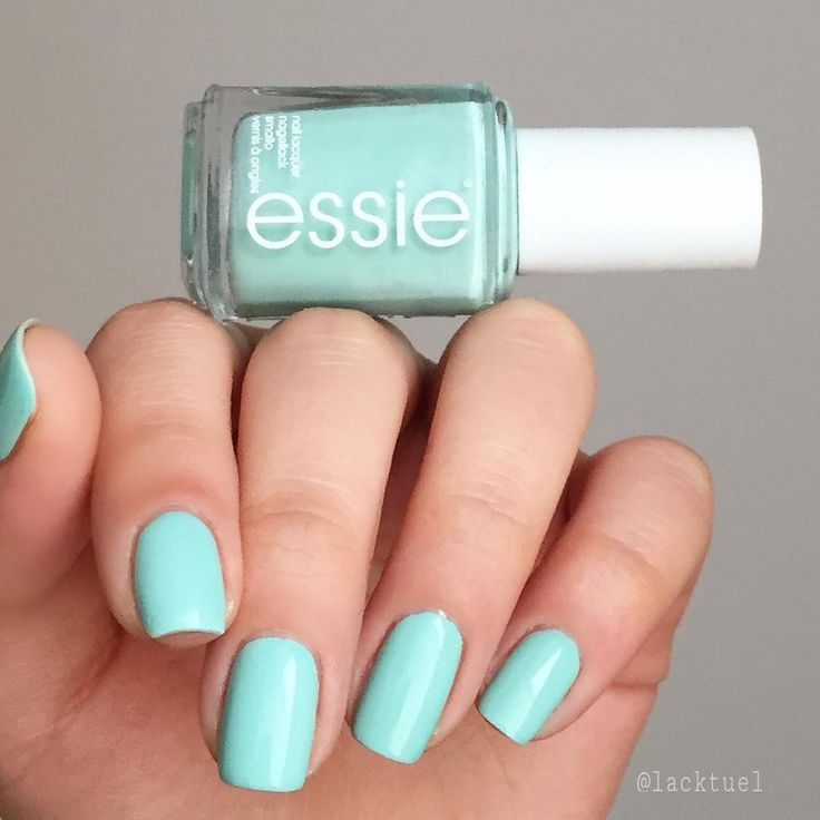 don't be fooled by its sweet exterior, this apple bites back. Love this mint candy apple polish from essie.