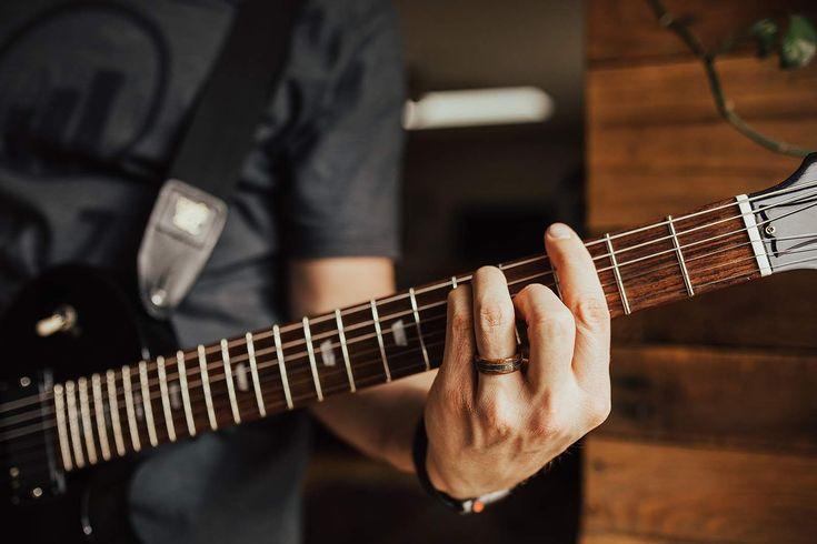 Jack daniels barrel wood meteorite guitar strings