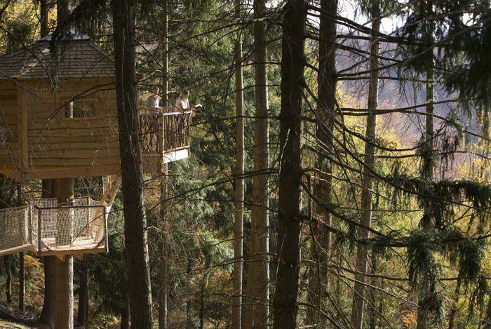 Cabanes als arbres (Girona) - Diez escapadas con encanto en España