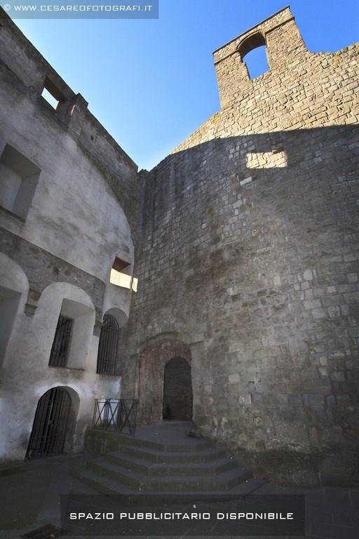 Porta San Leonardo (Porta Vallia)
