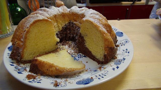 Czech cake - Bábovka by wordtoall, via Flickr
