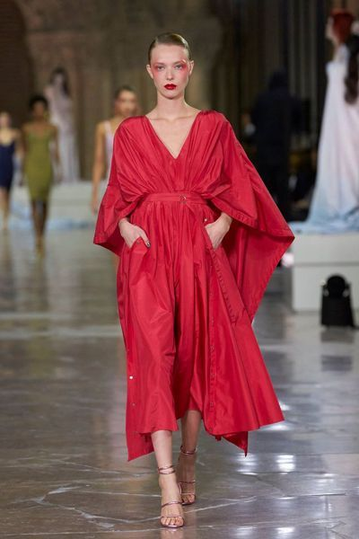 90 looks repérés à la Fashion Week de Paris pour la saison Printemps-été 2017 Image: 43
