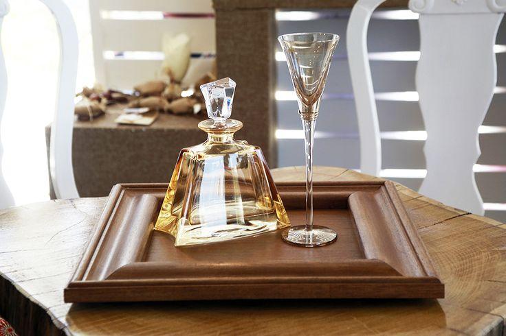 Σετ καράφα με ποτήρι & χειροποίητος ξύλινος δίσκος Atelier Zolotas