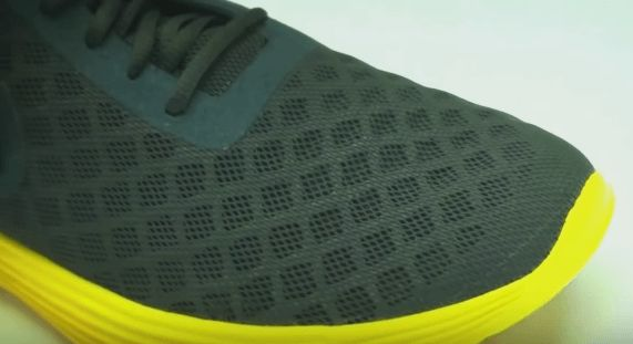 Las materias primas que innovan el arte de hacer zapatos http://calzaarte.com/las-materias-primas-que-innovan-el-arte-de-hacer-zapatos
