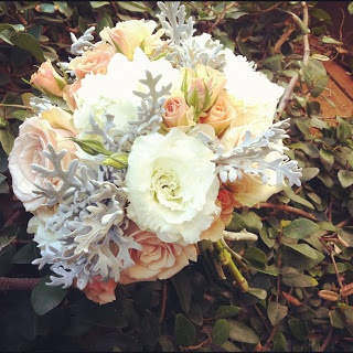 sweet smelling gardenias Flowers by Erin: Smashingly, Elegant Wedding in Peaches and Creams