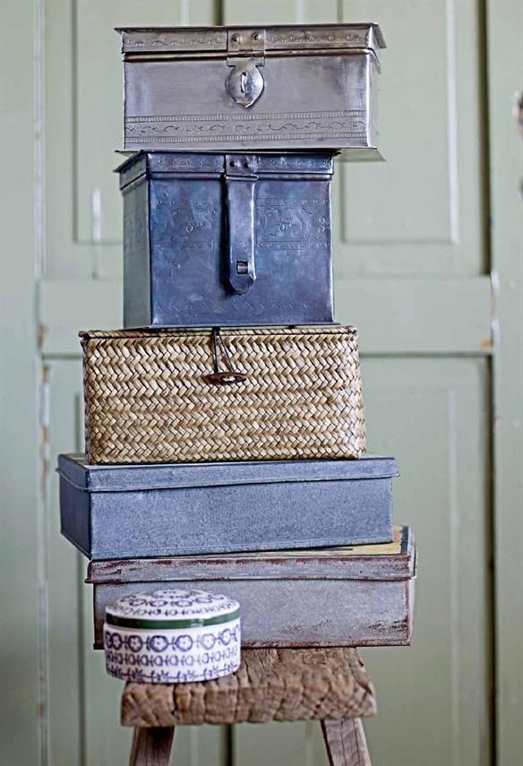Verschillende doosjes en manden om kleine spullen op te bergen van Bloomingville