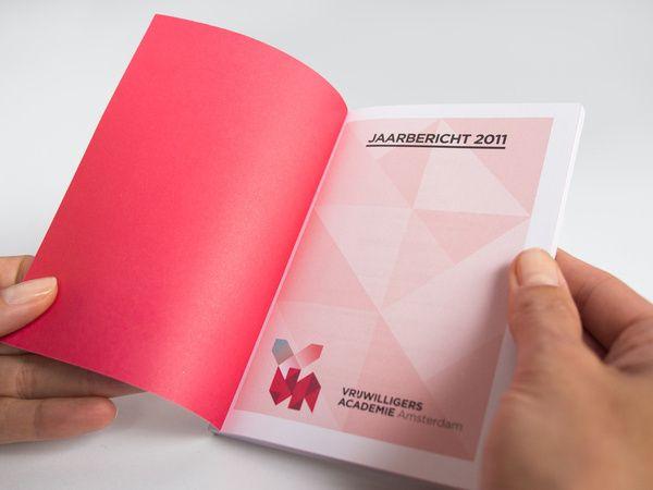 Vrijwilligersacademie Amsterdam Annual Report on Behance