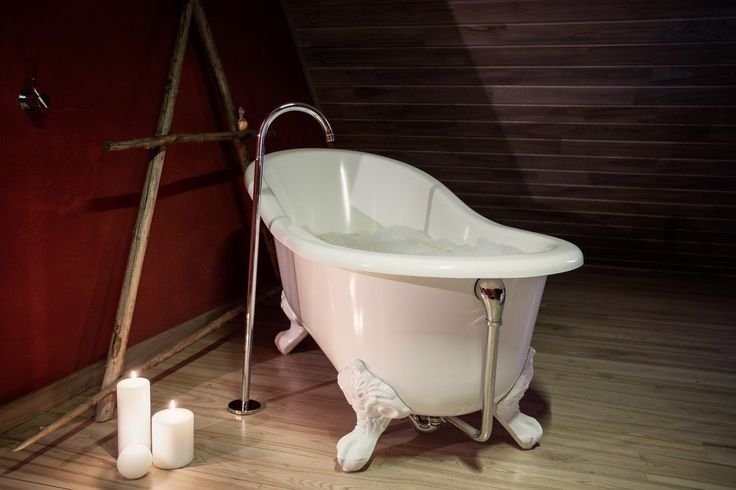 Cast Iron Tubs Come In A Wide Ortment Of Sizes And Custom Finishes Allowing You To Locate The Perfect Bathtub For Your Home